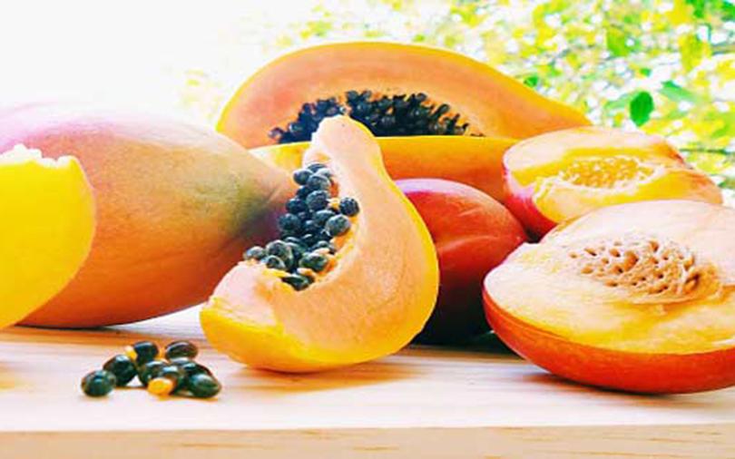 गर्मीमा खानैपर्ने यी पाँच फल