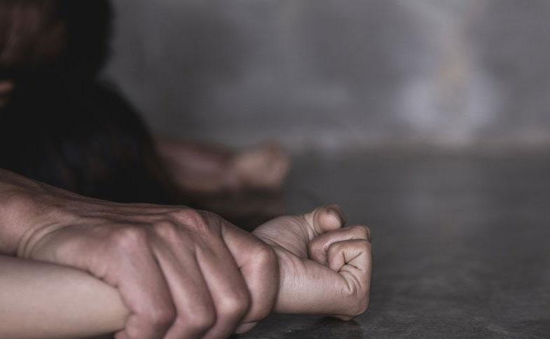 दुई शिक्षकमाथि आफ्नै छात्रालाई बलात्कारको आरोप