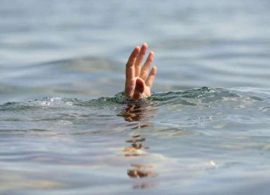 पानीमा डुबेर मृत्यु