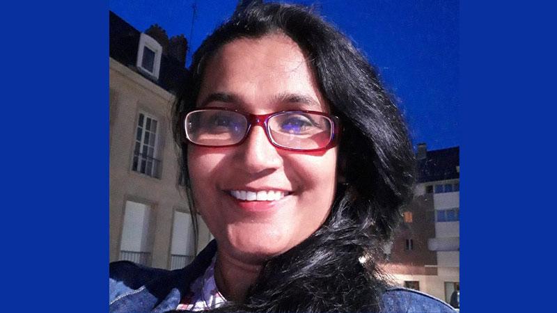 फ्रान्सबाट अनुराधा भन्छिन्–'तपाई पनि राजिनामा दिनुहोस् नर्स म्याम'
