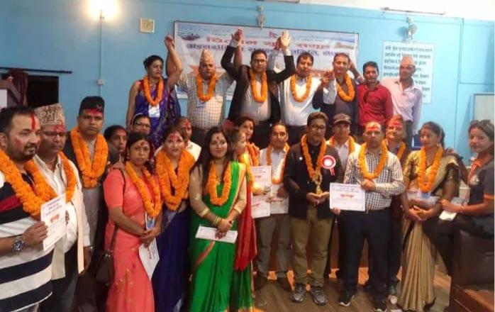 चितवन युवा समूहको अन्तर्राष्ट्रिय अध्यक्षमा पुनः मुक्तिप्रसाद, शान्त अधिकारी सम्मानीत