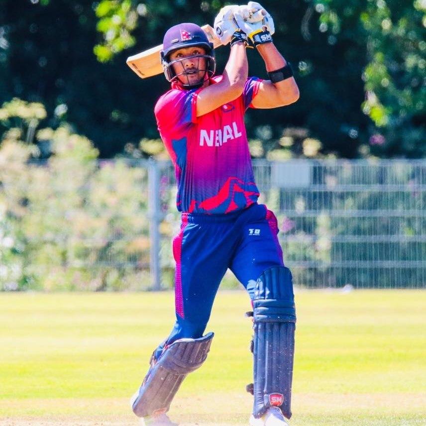 क्रिकेटर पारसद्वारा कप्तानी छाड्ने घोषणा
