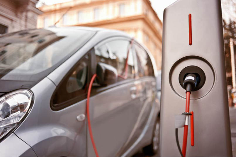 Brussels wants to end sales of new petrol cars by 2035
