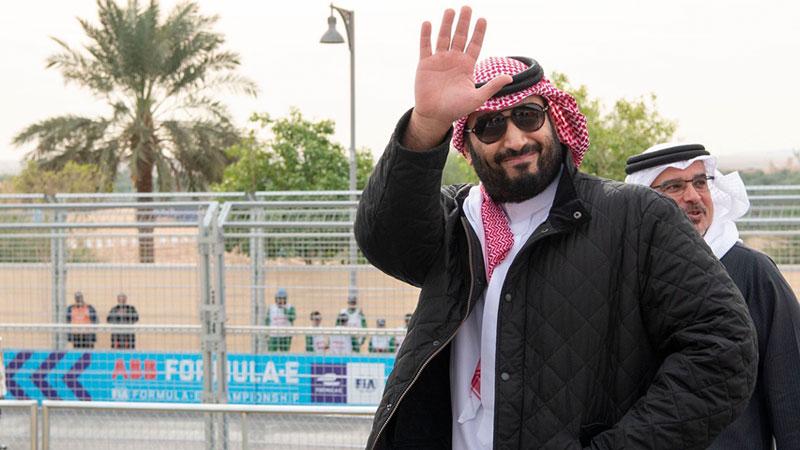 जकेटकै कारण यसरी चर्चामा आए साउदीका राजकुमार