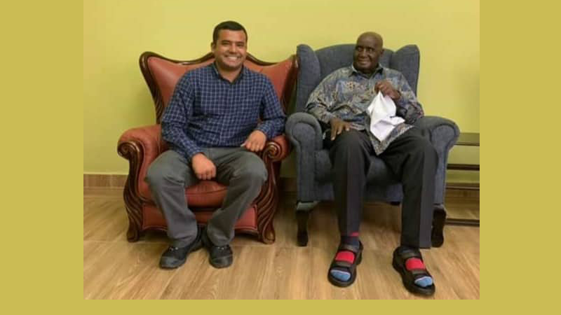 एनआरएनए अफ्रिकाका संयोजकले भेटे जाम्बियाका पूर्वराष्ट्रपतिलाई