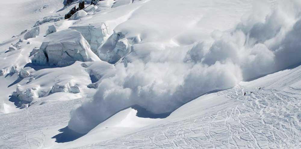 अझै भेटिएनन् अन्नपूर्ण पदमार्गको हिम पहिरोमा परेका ७ जना
