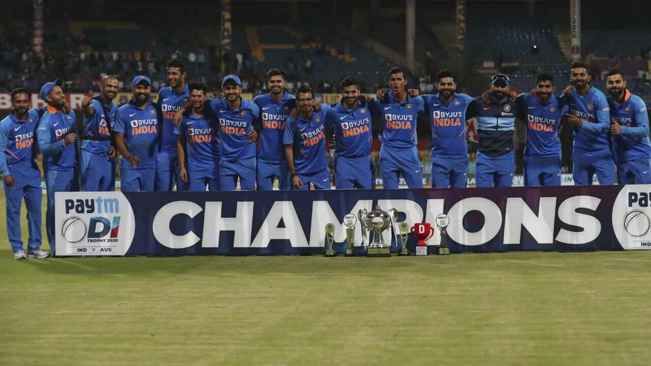 तेस्रो ODI मा भारत ७ विकेटले विजयी, रोहितले बनाए सतक