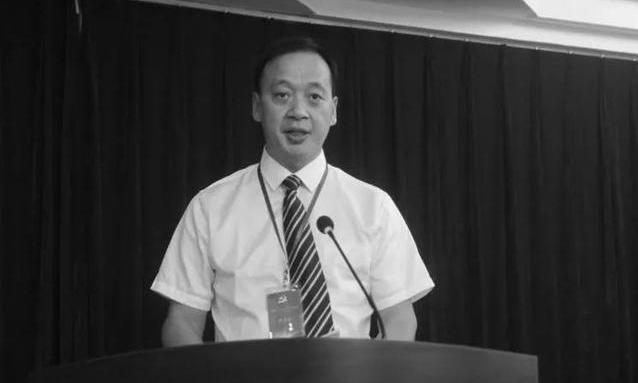 कोरोनाको कारण चीनमा अस्पताल निर्देशकको ज्यान गयो, घटेन मृत्युदर