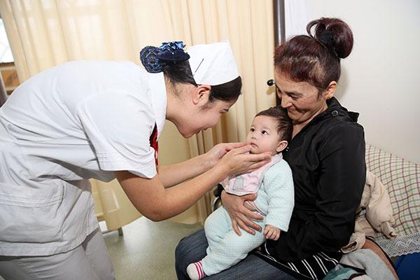Xinjiang Uyghurs Enjoy Good Medical And Health Conditions