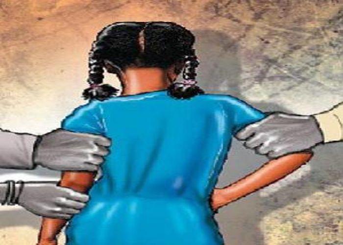 १४ वर्षीय बालिका अपहरणको आरोपमा विप्लव नेकपाका १४ कार्यकर्ता पक्राउ