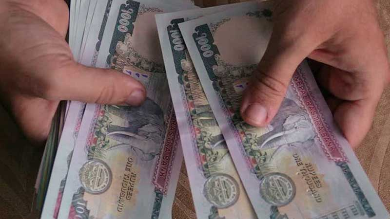 कोरोना जोखिममा खटेको भन्दै जनप्रतिनिधिले लिए १२ लाख भत्ता !