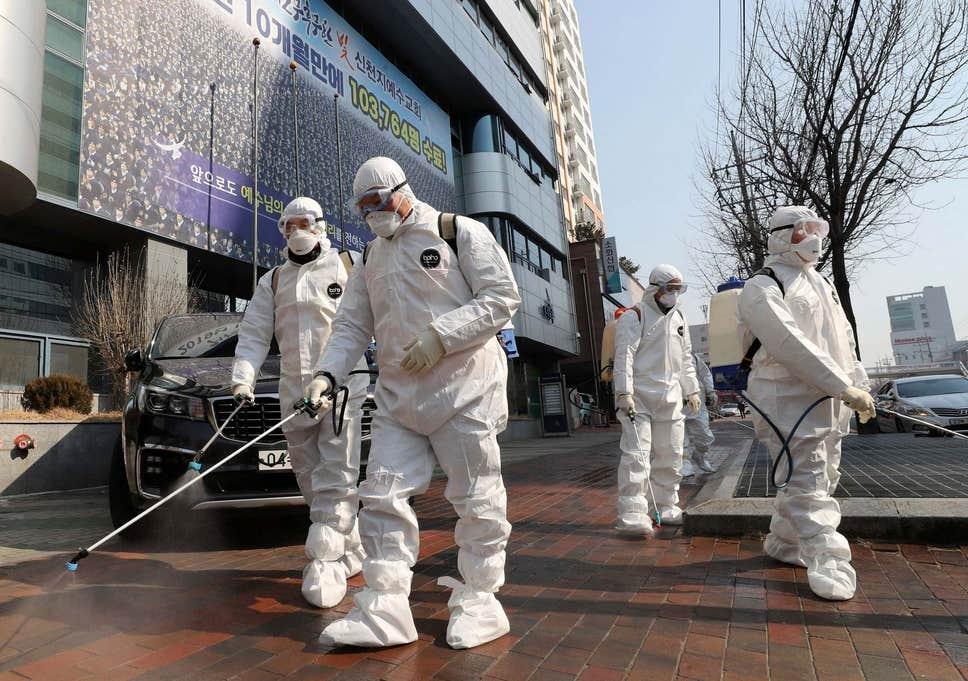 अमेरिका र यूरोपमा देखियो कोरोना महामारीको दोस्रो लहर, संक्रमित ह्वात्तै बढेसँगै फ्रान्सका राष्ट्रपतिले घोषणा गरे ४ हप्ते कडा कर्फ्यु