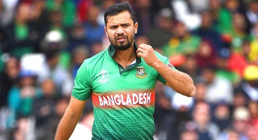 बंग्लादेश क्रिकेट टिमका पुर्वकप्तान मशराफे मोर्तजा कोरोना मुक्त
