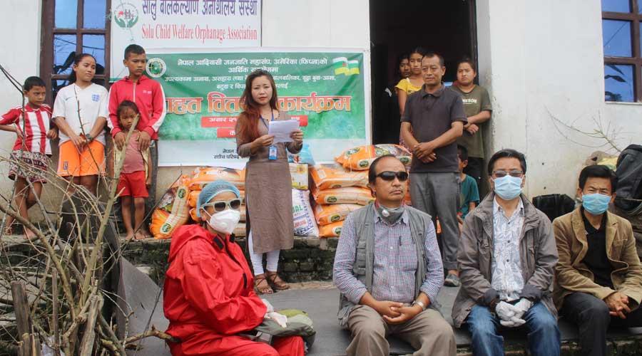 नेपाल आदिवासी जनजाति महासंघ अमेरिकाद्धारा एकैदिन  चार स्थानमा राहत वितरण
