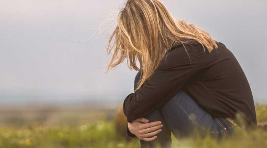 कतै तपाईलाई पनि डिप्रेसन त भएको छैन ? हेर्नुहोस् यी हुन् डिप्रेशनका लक्षण