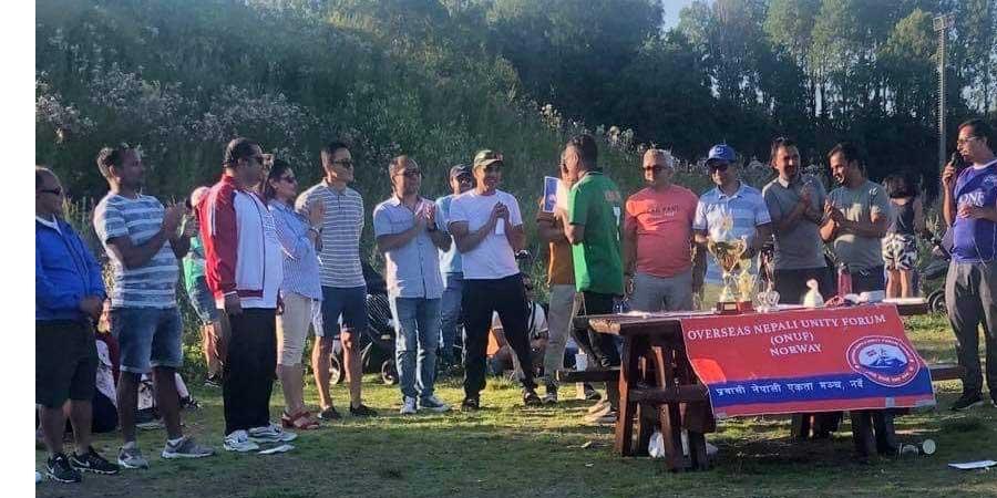 प्रवासी नेपाली एकता मन्च नर्वे बन्यो क्रिकेट रनिङ शिल्ड प्रतियोगिताको विजेता