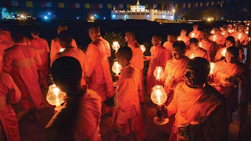 लुम्बिनीका भिक्षुहरु वर्षावासमा