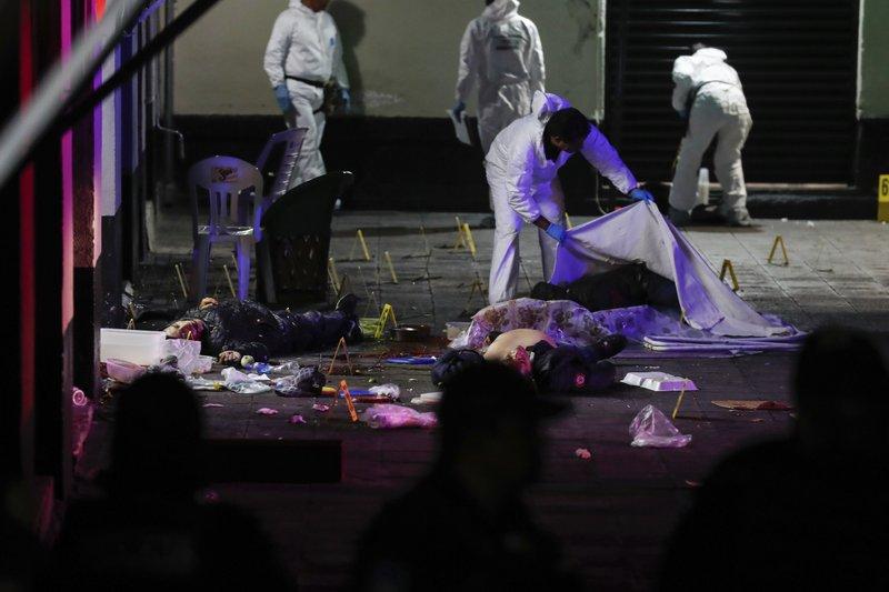 मेक्सिकोको एक रेष्टुरेन्टमा अन्धाधुन्ध गोली प्रहार गरी ११ जनाको हत्या