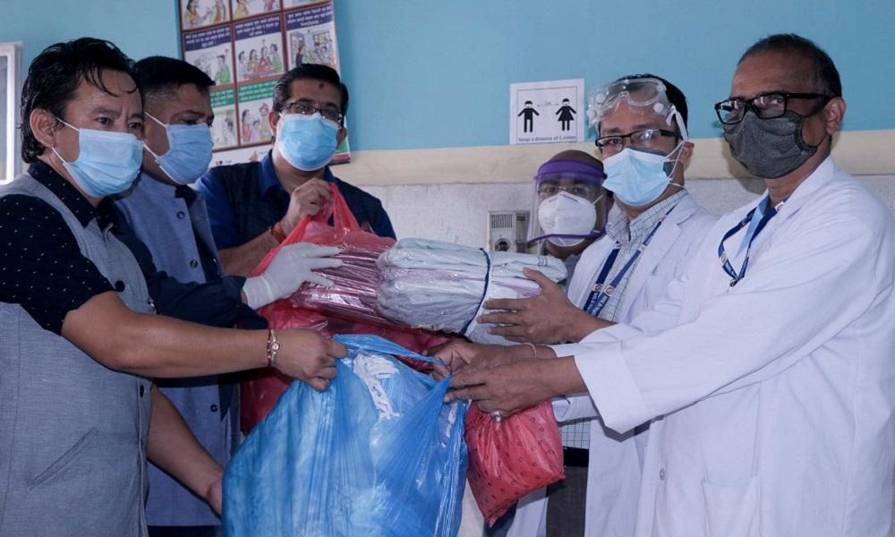 नेपाल तरुण दलद्वारा ६८औँ स्थापना दिवसका अवसरमा स्वास्थ्य सामग्री सहयोग