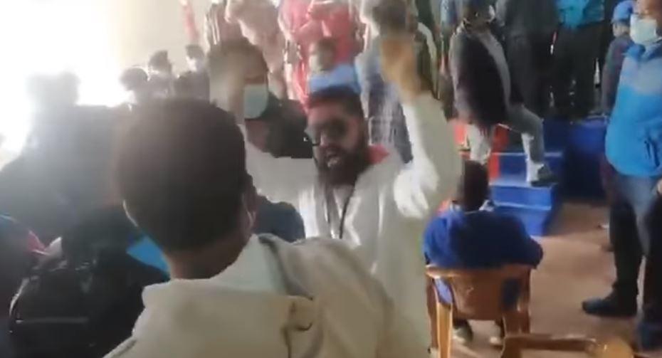 सुरेन्द्र पाण्डेमाथि गरिएको अभद्र व्यवहारको नेकपा चितवनद्वारा छानबिन गर्न माग