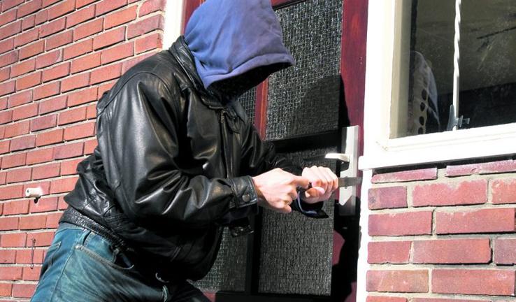 सिमकोटमा दिनप्रतिदिन चोरीका घटना बढ्दा स्थानीयबासी तनाबमा