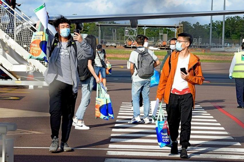 करिब ८ महिना पछि अष्ट्रेलियामा पहिलो पटक अध्ययनका लागि पुगे विदेशी विद्यार्थी