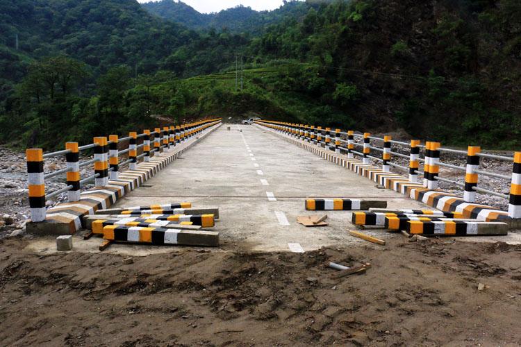 फेदीखोलामा पुल बन्ने हुँदा स्थानीयवासीमा छायो खुशीयाली
