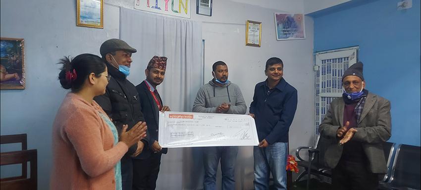 जिल्ला अस्पताल इलामलाई प्रभु बैंकद्वारा आर्थिक सहयोग उपलब्ध