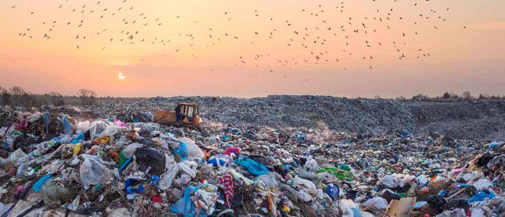 फोहरको आगलागीले प्रदूषण फैलिँदा स्थानीयवासी प्रभावित