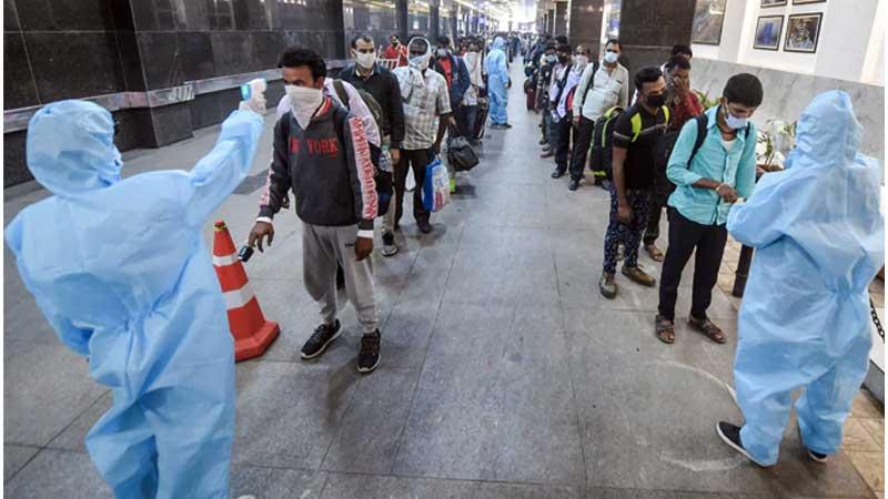 भारतमा तिब्र गतिमा बढ्दै कोरोना संक्रमण, एकैदिन १ लाख १५ हजार संक्रमित