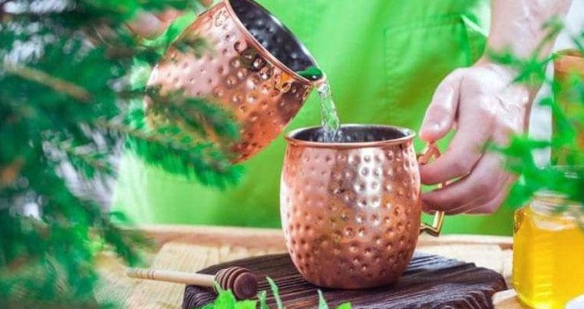 तामाको भाँडामा राखेको पानी पिउँदा मुटु राेगबाट समेत जाेगिने, जान्नुहाेस् अरू फाइदा के-के छन् ?